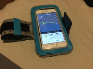 iPhone with Belkin Slim-Fit Armband (blue)